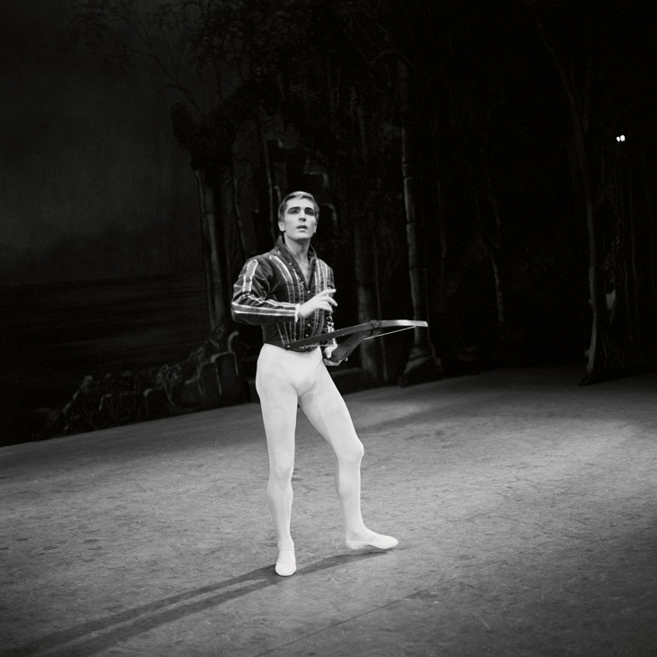 Erik Bruhn in Swan Lake, 1962