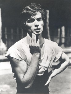 RudolfNureyev_PhotographerUnknown_730x959