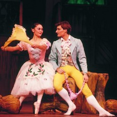Fiona Tonkin and David McAllister in La Fille mal gardée, 1989. Photo David Simmonds